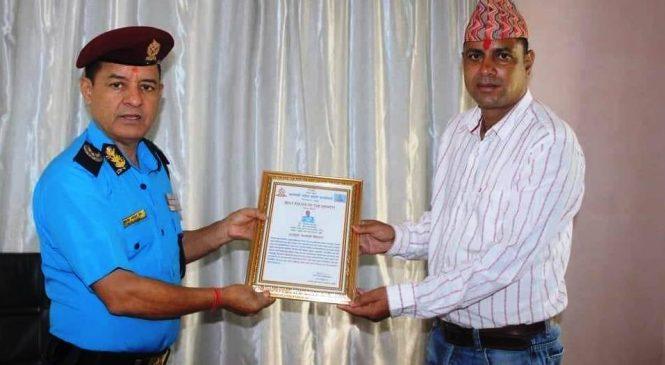 साउन महिनाको सर्वोत्कृष्ट प्रहरी कर्मचारी बने सई शर्मा